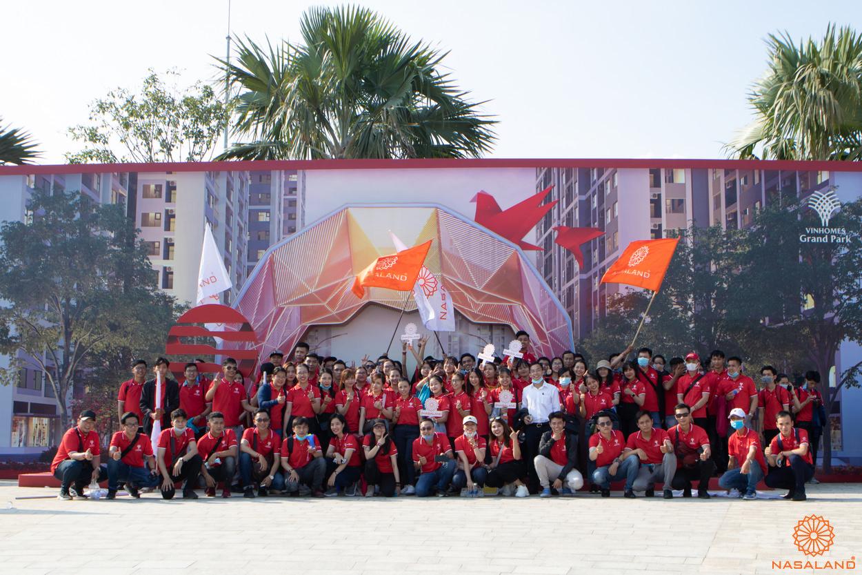 Tổng kết lễ ra quân Origami Vinhomes Grand Park - Toàn thể team Nasaland chính thức đến với lễ ra quân