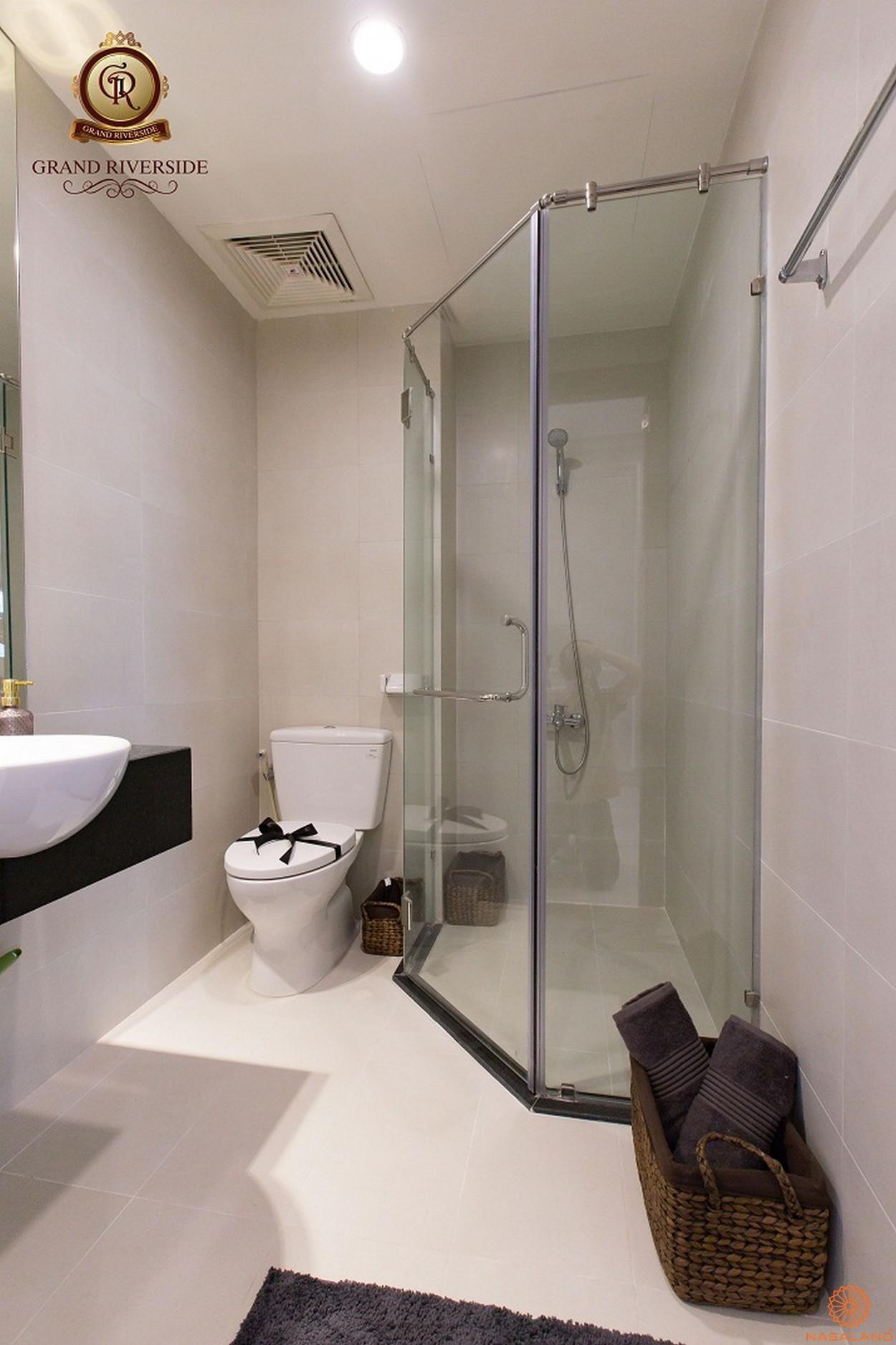 Nhà mẫu phòng tắm căn hộ Grand Riverside quận 4