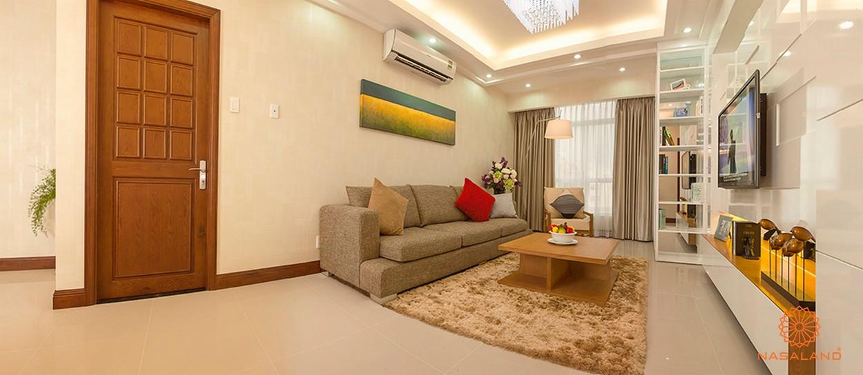 Nội thất phòng khách tiện nghi cùng giá để đồ tiện lợi