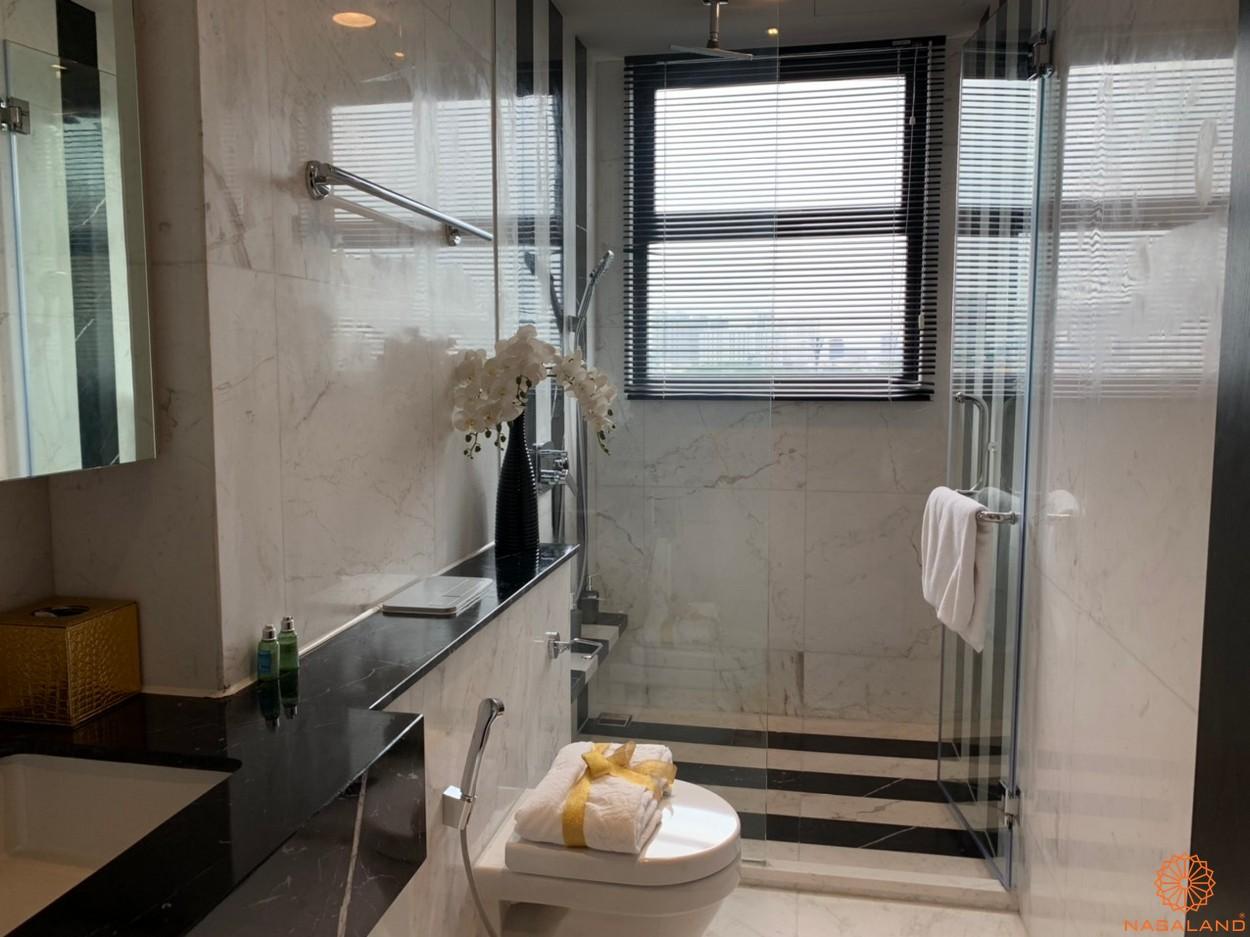 Tiến độ bàn giao căn hộ D1 Mension phòng tắm