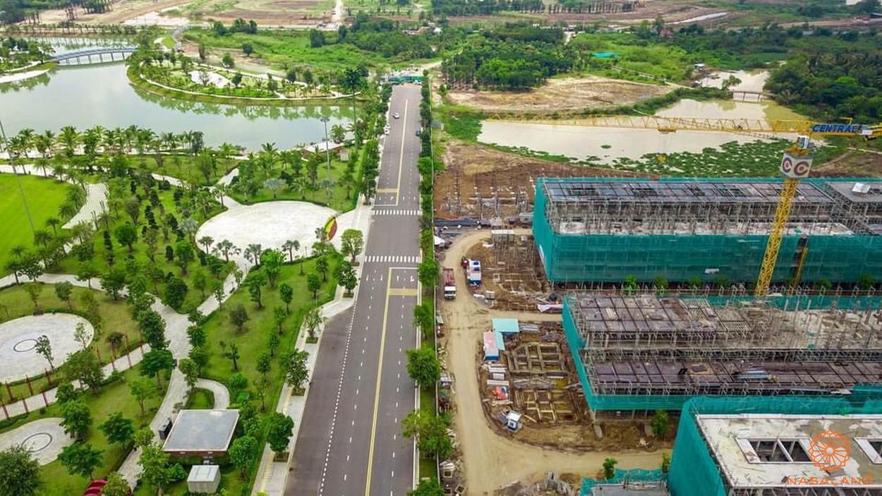 Tiến độ xây dựng khu thấp tầng Vinhomes Grand Park tháng 9 - trục đường chính vào nội khu
