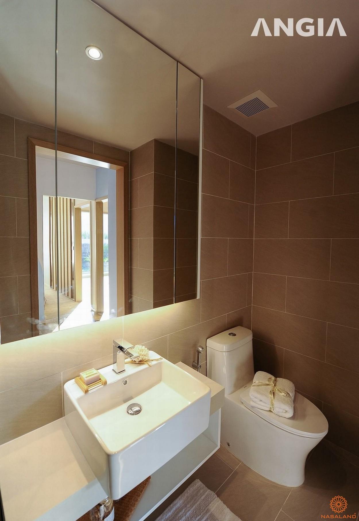 Nhà mẫu dự án căn hộ West Gate Bình Chánh phòng WC