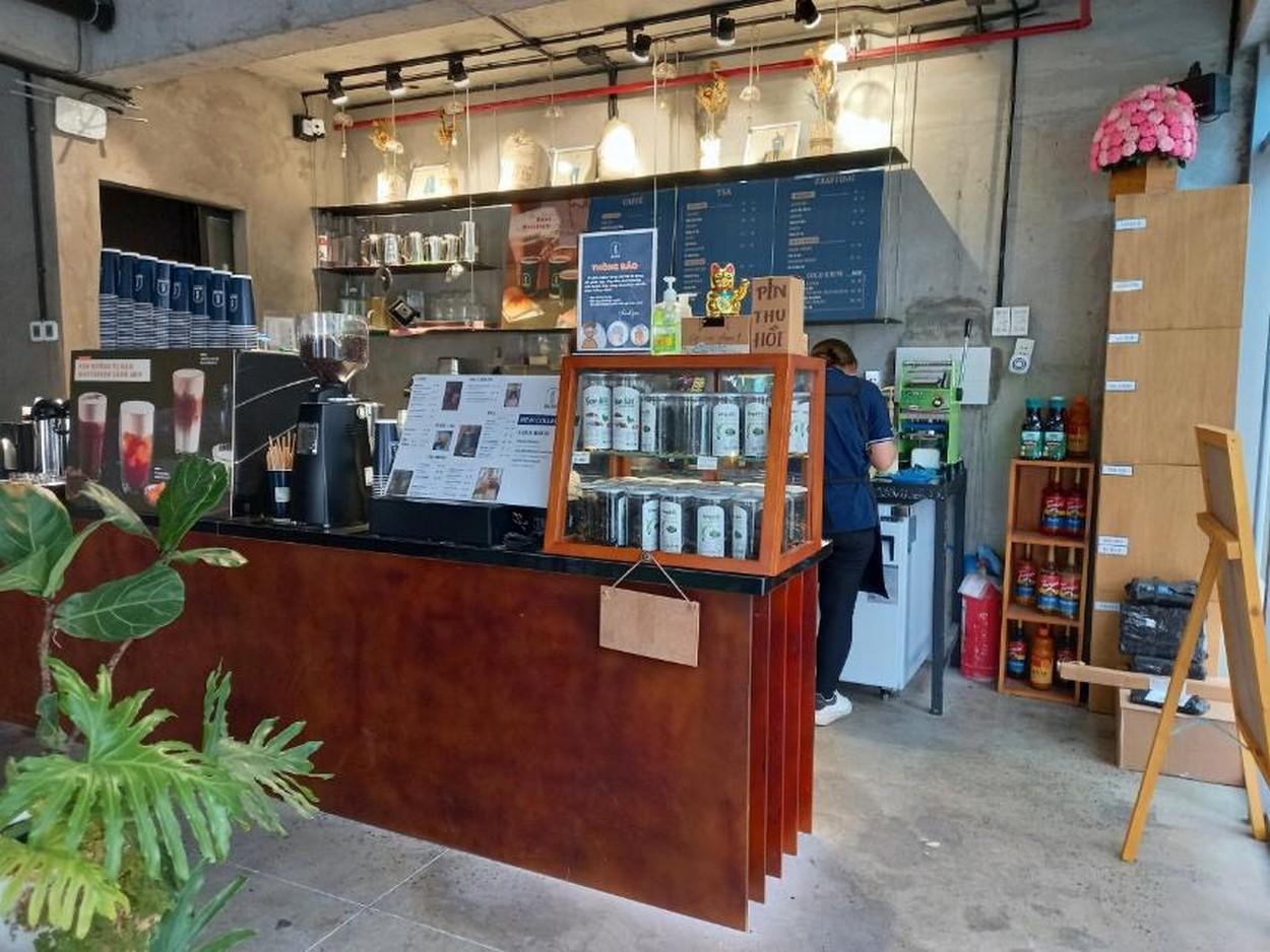 Quán cà phê đang hoạt động tại HausNeo quận 9