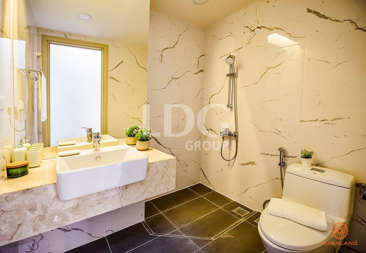 Nội thất nhà vệ sinh tại căn hộ LDG River Thủ Đức