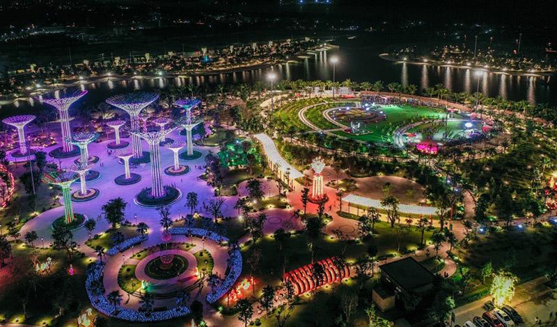 Quang cảnh Vinhomes Grand Park buổi đêm